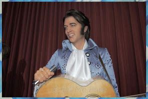 Elvis.... Elvis.... http://evasionqc.blogspot.ca/2014/03/a-vos-marques-grevin2.html