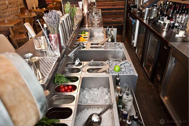 Conception des stations de bar en inox - Bespoke Cocktails Bar