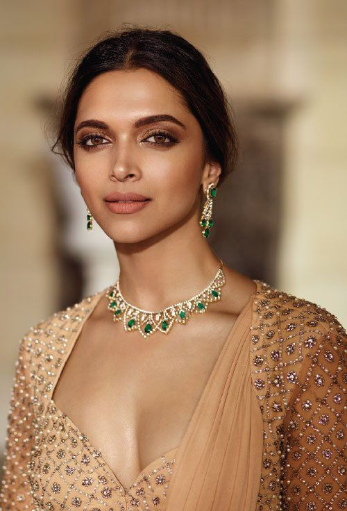 Deepika Padukone for Tanishq.. Her make up and hair always look stunning!
