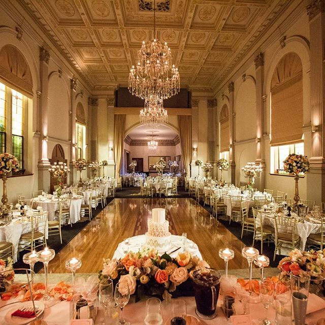 A gorgeous reception  #gmphotographics #gmphoto #professionalweddingphotography #sydneyweddingphotographer #wedding #weddingreception #styling #love #flowers #chandelier