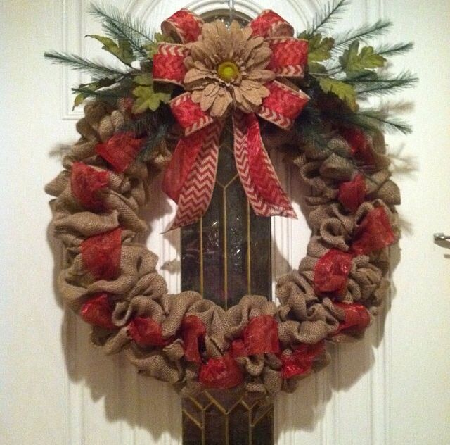1231 best burlap wreaths images on pinterest mesh Burlap xmas wreath