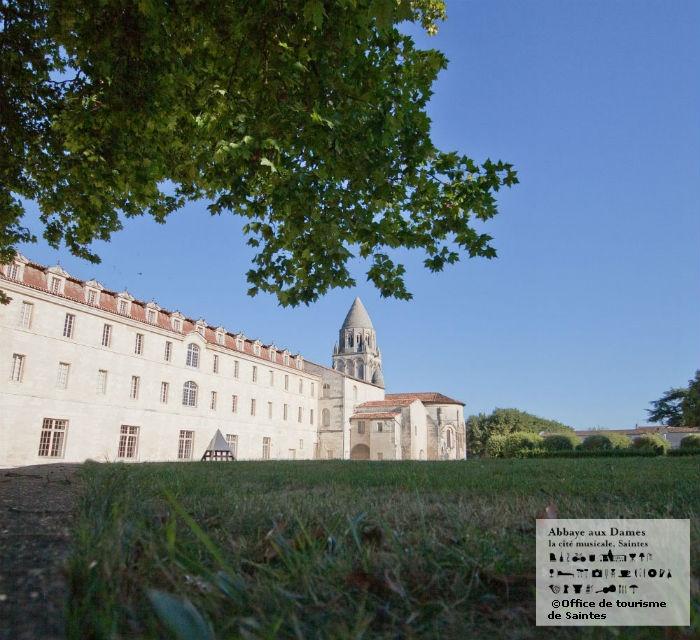 L'Abbaye aux Dames est la cité musicale ! http://www.abbayeauxdames.org http://www.facebook.com/abbayeauxdames