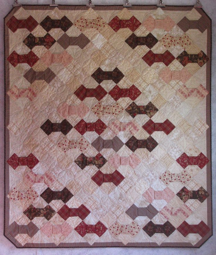63 best images about Quilts - Bow Tie on Pinterest Quilt, Feed sacks and Spool quilt
