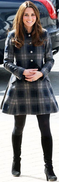 Who made  Kate Middletons black boots and green plaid coat//Coat – Moloh Shoes – Aquatalia by Marvin K
