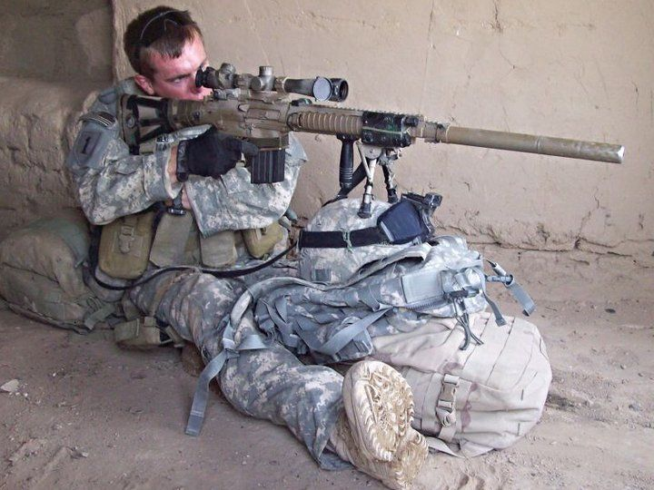 U.S. Army Precision Support with a KA M110 Mod. 0. the Designated Marksman. Alittle closer to the action than a true sniper, but is able to dish out a great deal of damage!