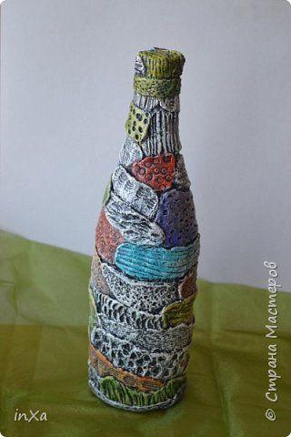 Летом я делаю вино из разных ягод, и очень хотелось разлить его в красивые бутылочки. Вот наконец то руки до них дошли ) Эту бутылку я делала по этому МК http://www.liveinternet.ru/users/3788903/post253846493 имитация чеканки фото 11