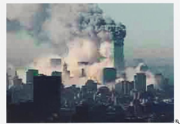 Thomas Ruff: JPEG NY 03 (9/11 World Trade Center) aus unserer Rubrik: Fotografie