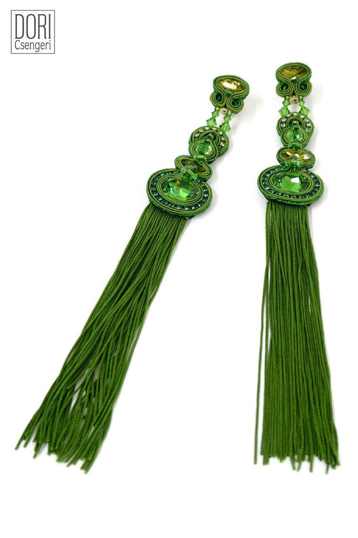 earrings : Vesper
