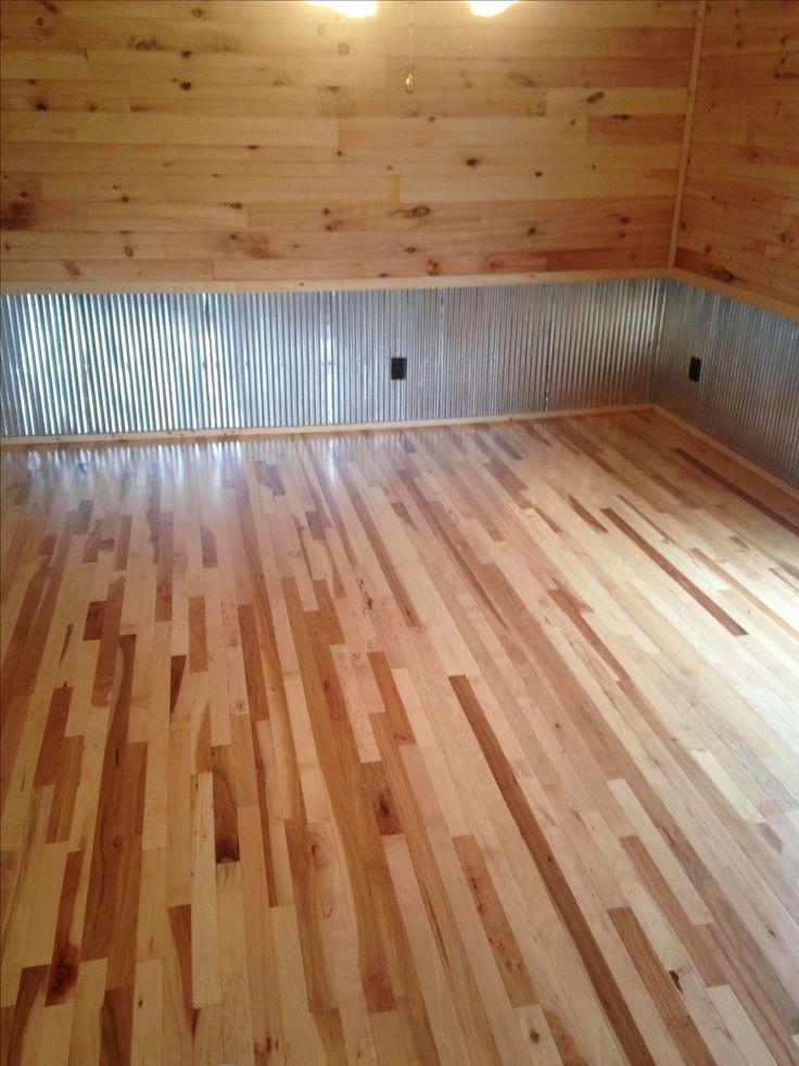 Corrugated Wayne's coating with hickory hardwood floor