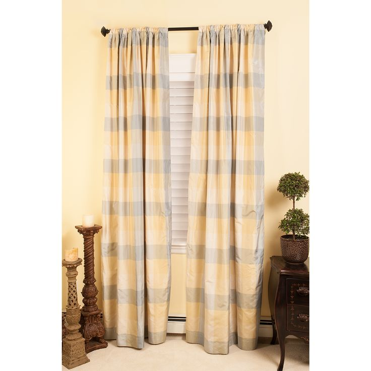 1000 ideas about hunter douglas blinds on pinterest hunter douglas custom window treatments. Black Bedroom Furniture Sets. Home Design Ideas