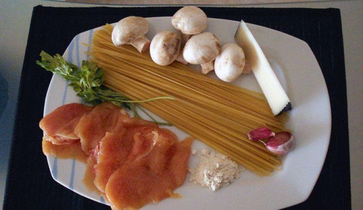M Mi plato favorito: Tallarines con pollo y champiñones