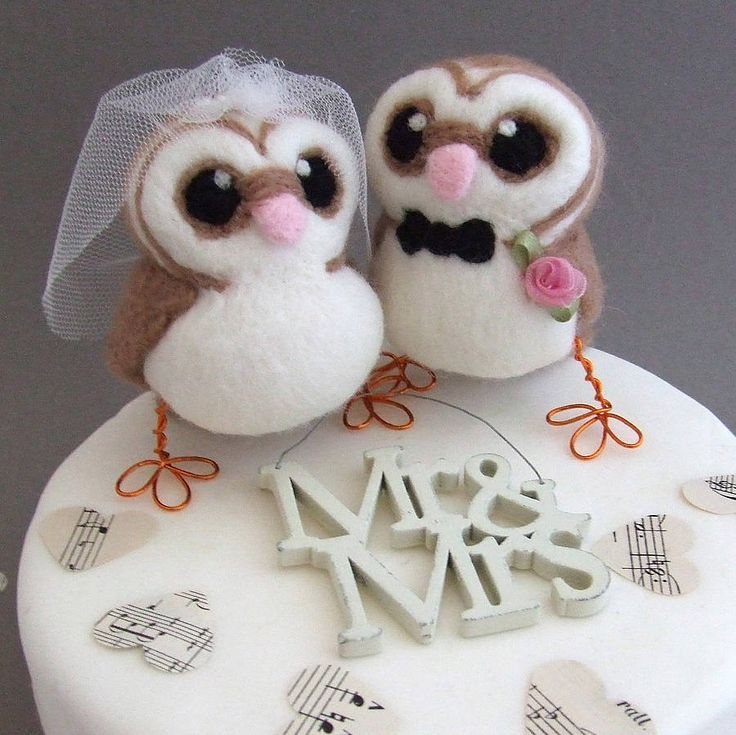 Bride And Groom Owl Wedding Cake Topper