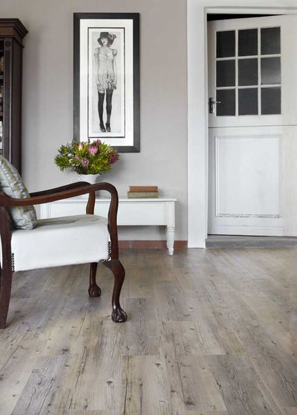 Vinyl flooring - practical and can look great (surprisingly!)