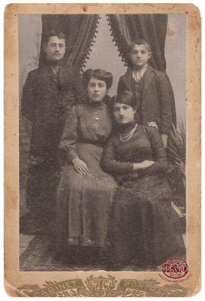 Trabzon/Trebizond. Members of an Armenian family