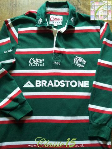 Relive Leicester Tigers' 2005/2006 season with this original Cotton Traders home long sleeve rugby shirt.