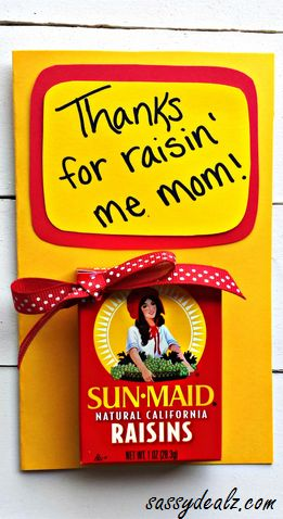 """""""Thanks for Raisin' Me"""" Mother's Day Card for kids to make! #Cheesy gift idea"""