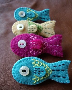 Felted wool fish. oh cute... by eleanor