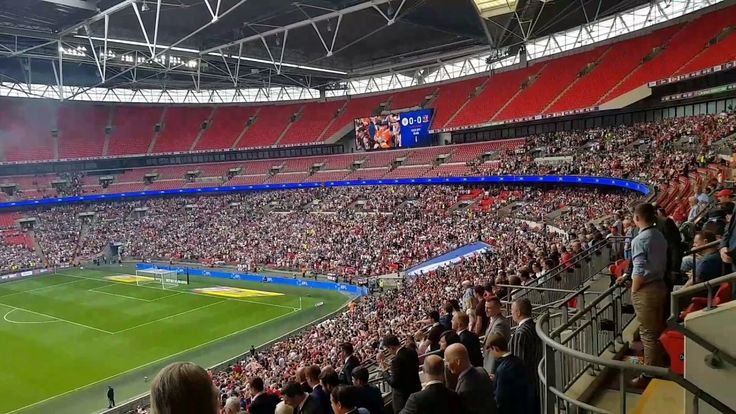 Exeter City vs Blackpool on Wembley Stadium for the Final Playoffs #fina...
