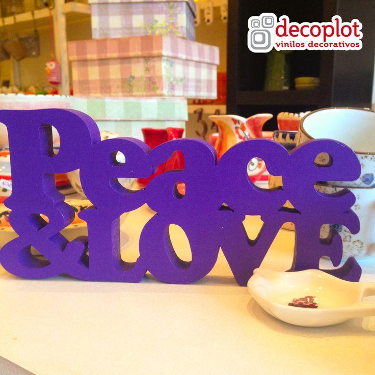 Modelo Peace & Love / Decoplot Vinilos Decorativos