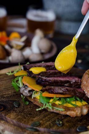 T-Bone Sandwich mit Steinpilzen und Kürbismayonnaise, Kürbis Rezept, Mayonnaise selber machen, Beefer Rezept, Grillen