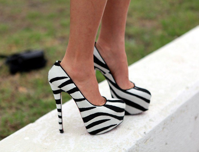 Zebra printShoes, Fashion, Zebraprint, White, Zebras Prints, Animal Prints, High Heels, Black, Zebras Heels