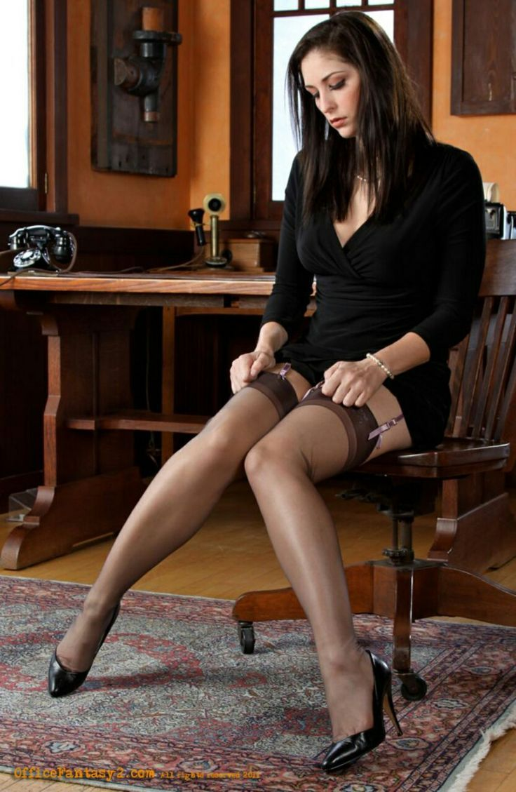 17 Best Images About Seamed Stockings On Pinterest -7173