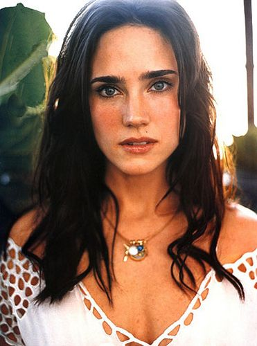 Jennifer Connelly. Discovered her thanks to the movie Dark City... she even sang!