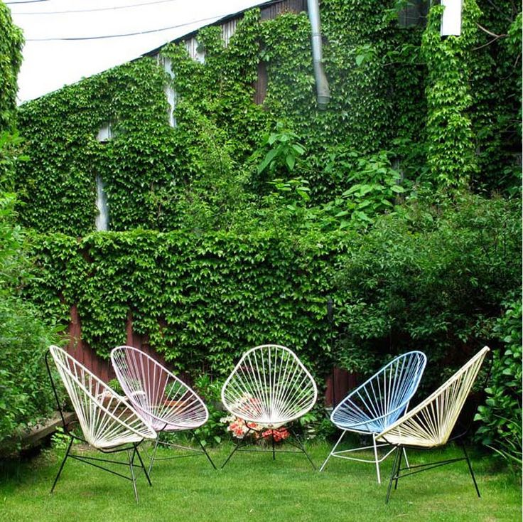 These remind me of Picker Sisters chairs...