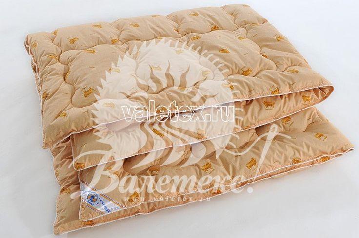 Одеяло Овечья шерсть чёсанная ткань тик желтовато-песчаного оттенка