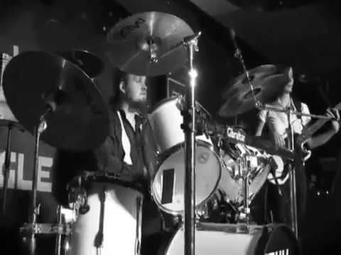 Soul Desire at www.souldesire.co.uk - Details Of hertfordshire bands info https://youtu.be/MdKh7mlrr0A
