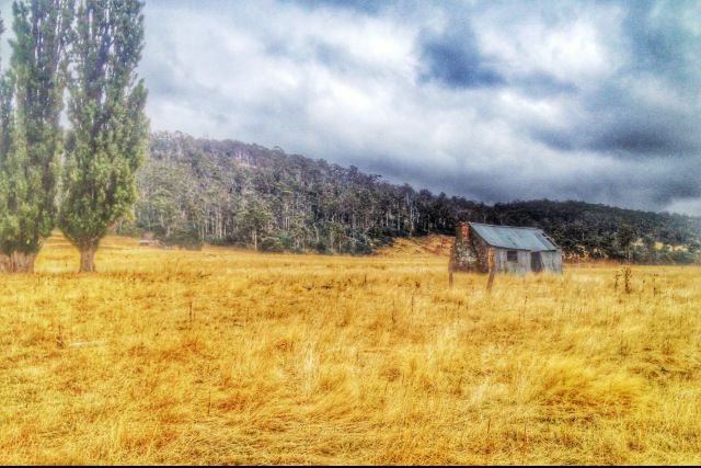 Gorgeous property between Oatlands and Launceston in Tasmania. Follow our hunt and rescue mission at http://www.facebook.com/NothingButVintage and http://nothingbutvintage.com.au