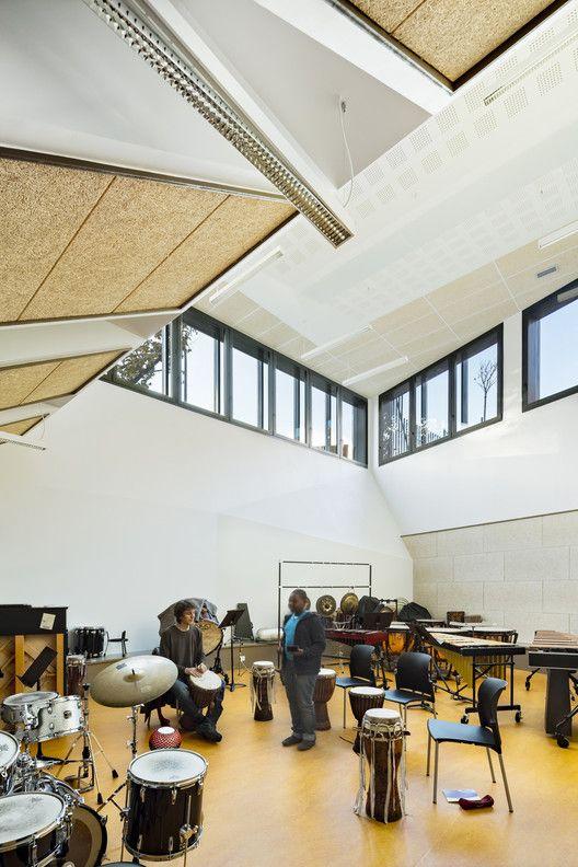 Music Conservatory in Paris' 17th Arrondissement,© Sergio Grazia