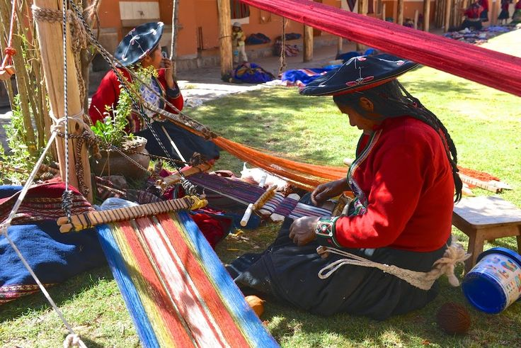 Weavers in Chinchero