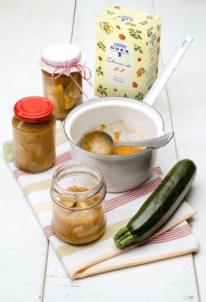 www.korunnicukr.cz- Jablkovo-broskvový džem s cuketkami