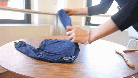 Neat Freaks Rejoice: 7 Mezmerizing GIFs that Demonstrate the Best Ways to Fold Your Clothes