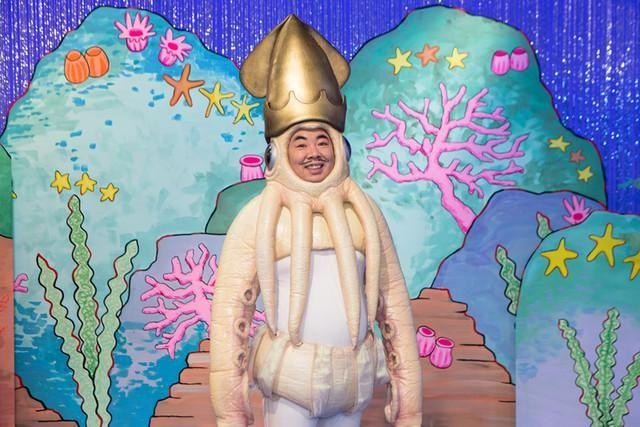 塚地扮するイカ大王「紅白」目指しNHKホールを熱く見つめるMV http://natalie.mu/music/news/157343 …