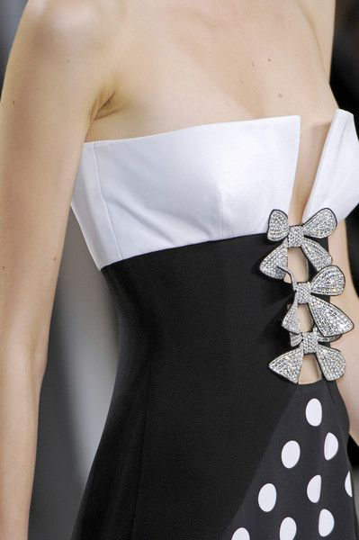 Valentino, Valentino Garavani, fashion, haute couture, womenswear, dress, gown, couture, catwalk, runway, designer