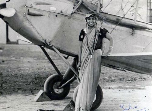Sarla Thakral was first Indian woman to fly. Born in 1914, she earned an aviation pilot license in 1936 at the age of 21.  Later, her husband, the first Indian to earn an airmail pilot's license, died in a crash. She abandoned her plans to become a commercial pilot and joined the Mayo School of Art in Lahore, where she trained in the Bengal school of painting and obtained a diploma in fine arts.