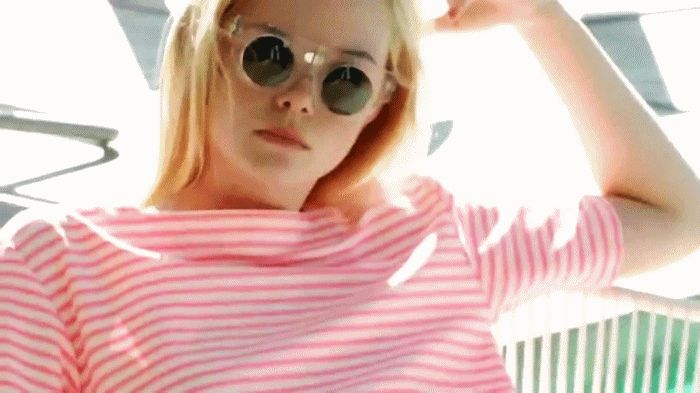 ELLE FANNING TEEN VOGUE PHOYOS | Elle Fanning - Teen Vogue Cover Shoot - Making Of - Elle Fanning Fan ...