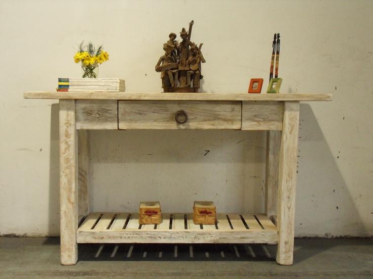 Mueble de arrime con tapa en lapacho rustico 2100 en for Muebles con palets paso a paso