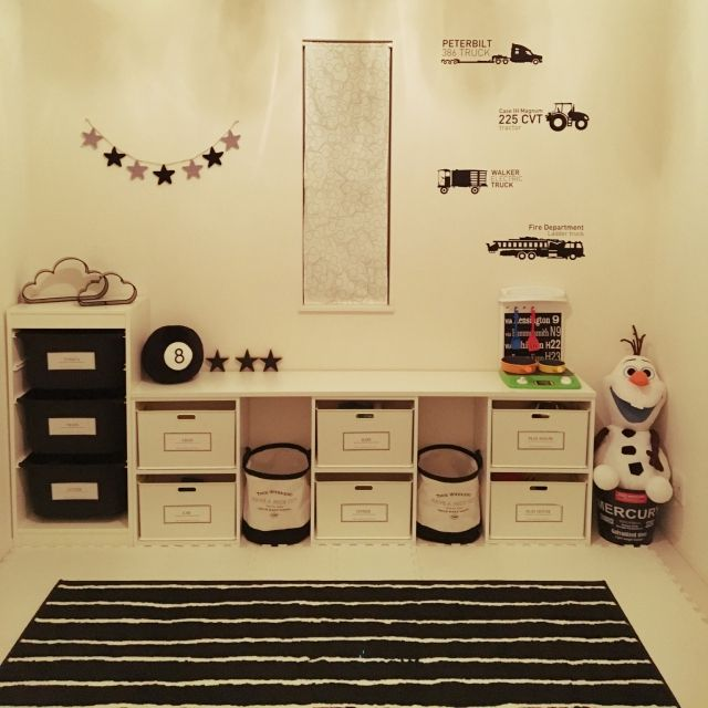 n-x-k1107さんの、部屋全体,IKEA,カラーボックス,子供部屋,収納,ウォールステッカー,ニトリ,モノトーン,模様替え,手作りラベル,フライングタイガー,楽天購入♡,シンプル化計画,モノトーン化計画,のお部屋写真