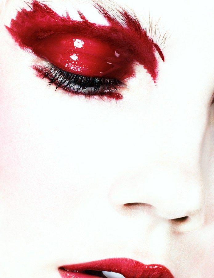 Dario Catellani, Mirijana | red eye shadow photography beauty