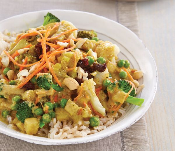 Vegetarian Korma is mild and a good starting point for kids who are new to Indian food.  #recipe #korma #vegetarian