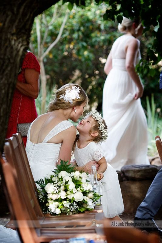 Weddings at Orange Grove Gardens - Victoria and Jack - All Saints Photography Albury Weddings & Portraiture