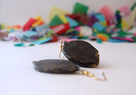 gold and black leaf earrings $15.95