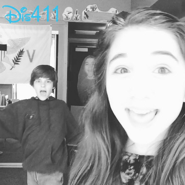 Video: Rowan Blanchard And Corey Fogelmanis Singing And Dancing To Sabrina Carpenter's Music