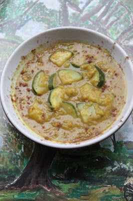 Garam Masala Turmeric Courgette Dal Soup using Suma Spices and Red Lentils by @shaheenA2K