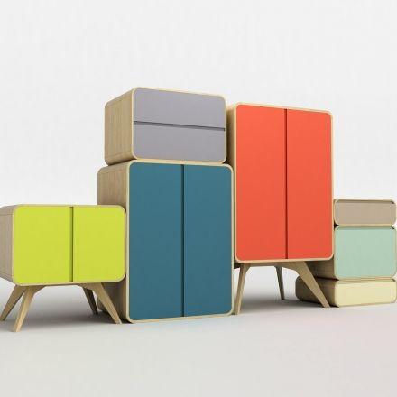 decovry.com - Twentytree | Object-Within-an-Object 23 is een groep van jonge, talentvolle en compromisloze ontwerpers wiens missie erin bestaat om concepten en producten met voorbedachte rade te creëren door het implementeren van hun eigen unieke ideeën. Hun team is groot en gevarieerd, maar dient het enige doel - het leveren van een goed ontwerp. Sasa Mitrovic is de ontwerper van de prachtige Matrioshka serie. Sasa werd geboren in 1979 in Nis, Servië.