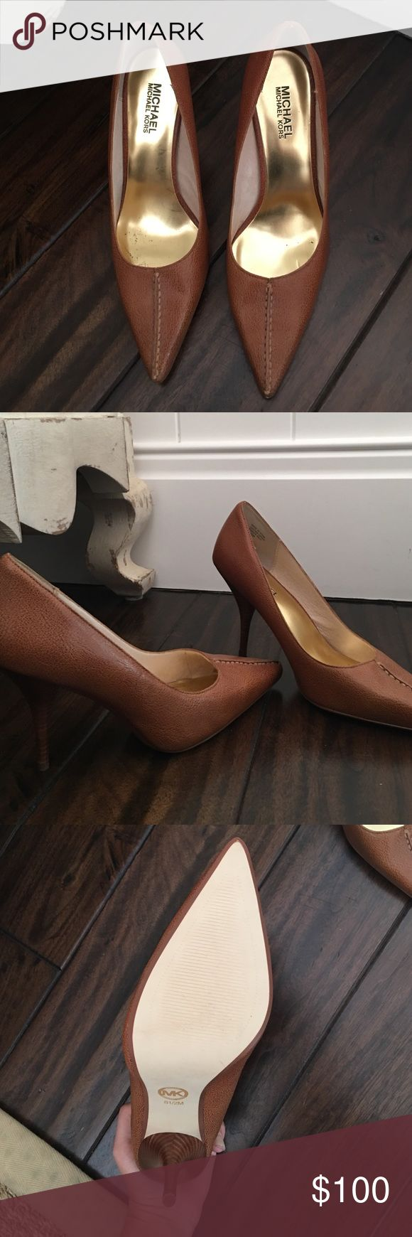 Michael kors heels Cute , sophisticated brown pumps . Never been worn! Make me an offer ! Michael Kors Shoes