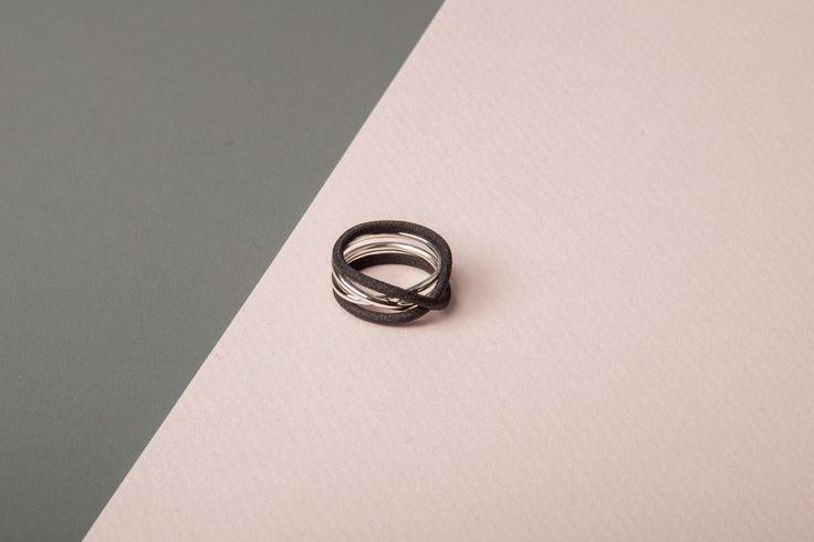 https://www.shapeways.com/product/X9AUJH6LA/rollercoaster-internal-ring?optionId=61901959